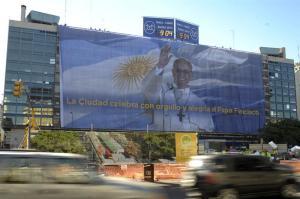 El Papa versión GIGANTE en Buenos Aires (FOTO)