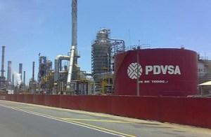 Pdvsa informa que refinería El Palito opera con normalidad