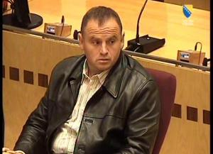 """Condenan al """"monstruo de Grbavica"""" a 45 años de cárcel por crímenes de guerra"""