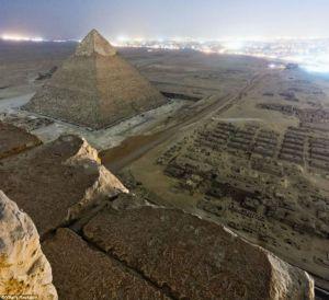 """Espectaculares e """"ilegales"""" imágenes de la pirámide de Giza"""