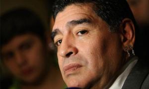 Las mujeres en la vida de Maradona: Infidelidades, violencia y sus hijos negados (Fotos)