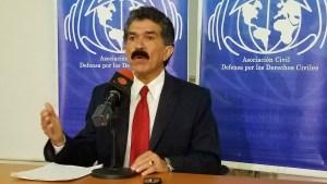Rafael Narváez: El enemigo no son los medios de comunicación social ni la libertad de expresión