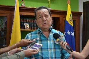 Alcalde de San Cristóbal informó que dio positivo para Covid-19