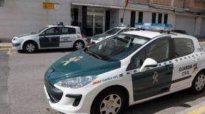 Mató a puñaladas a su madre y luego se tiró del balcón de su residencia en España