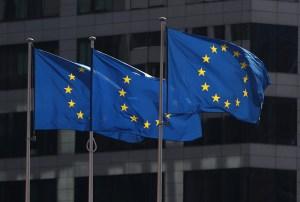 """La UE pide al régimen de Maduro que """"revierta"""" la decisión de expulsar a su embajadora de Venezuela"""