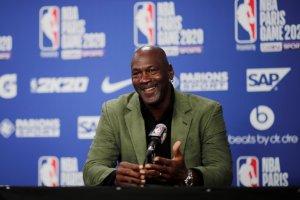 """Michael Jordan dona dos millones de dólares de """"The Last Dance"""" a una organización para combatir el hambre"""