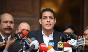 Olivares alertó que el Hospital de los Andes excedió su capacidad a causa del Covid-19
