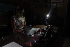 Caracas y Miranda se quedaron a oscuras tras nueva falla eléctrica este #2Ago