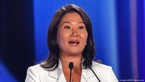 "Keiko pide evitar ""pena de muerte"" al fujimorismo"