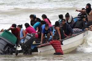 Audiencia de los 16 niños venezolanos en Trinidad y Tobago culminó con su liberación #26Nov