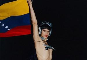 La venezolana Arca hace historia al ser nominada en los Grammy Awards 2021