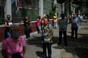 Oenegés venezolanas destacan irregularidades en las parlamentarias
