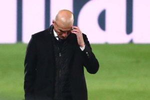 """Los errores de Zinedine Zidane que tienen """"hasta la coronilla"""" a los hinchas del Real Madrid"""