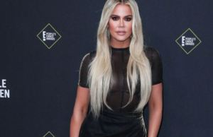 ¡Sin pena alguna! Khloe? Kardashian presumió sus estrías con un diminuto traje de baño (FOTO)