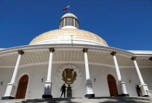 Asamblea fraudulenta amenazó con expulsar a representante de la UE en Venezuela