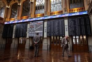 La bolsa española mantiene la cautela ante la previsión de más estímulos en EEUU