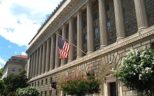 """Departamento de Comercio de EEUU señaló al régimen de Maduro como """"adversario extranjero"""""""
