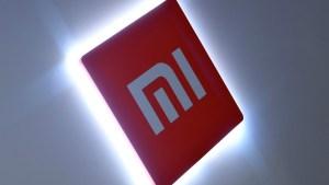 """EEUU agrega a Xiaomi en su """"lista negra"""": Las acciones de la compañía se desploman"""