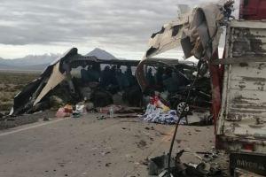 Cuatro venezolanos murieron en un accidente de tránsito en Bolivia