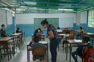 ¿Para qué alcanza el bajísimo salario de un maestro venezolano?