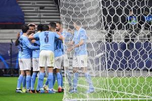 Manchester City doblegó al Monchengladbach y puso pie y medio en la siguiente ronda
