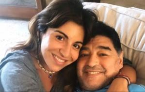 ¿Por qué volvieron a citar a declarar a dos de las hijas de Maradona?