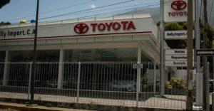 """El sobreprecio de los carros usados en Venezuela: ¿Por qué """"Toyota es Toyota""""?"""