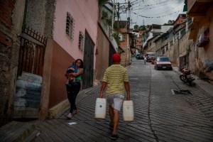 Caracas, la ciudad sin agua corriente (Fotos)