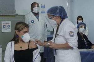 Pizarro y Olivares agradecieron esfuerzo de la OPS para traer vacunas contra el Covid-19 a Venezuela