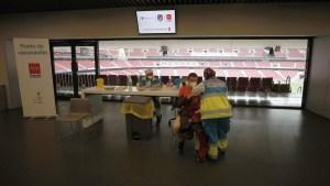El estadio del Atlético de Madrid se convierte en un enorme centro de vacunación