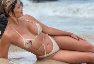 ¿Es una sirena o un bombón? NO, es la señora más sexy de Venezuela que es todo un MUJERÓN   (FOTO)