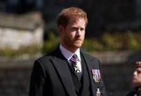 El príncipe Harry se pierde el cumpleaños de la reina y regresa a California para estar con Meghan (FOTOS)