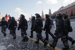 Más de 100 detenidos en Rusia en protestas a favor de Navalny