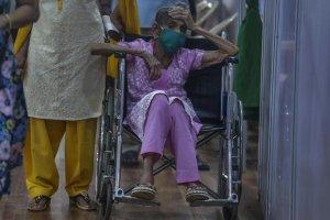 Las impactantes imágenes de la ola de Covid-19 en India