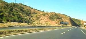 Reportaron aparatoso accidente en la Autopista Regional del Centro este #12May (Foto y video)