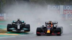 """La nueva guerra en la Fórmula 1 que se desató entre Mercedes y Red Bull por el """"alerón flexible"""""""
