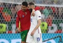 Los mejores memes del abrazo entre Benzema y Cristiano Ronaldo