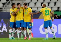 Brasil vino de atrás para vencer a Colombia con polémica incluida