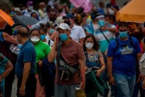 Con cohetones en Caracas, chavismo totaliza tres mil muertes por Covid-19
