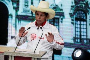 Pedro Castillo descartó copiar el modelo chavista en Perú