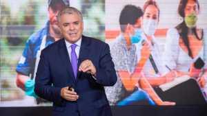 Bloomberg: Estados Unidos no debería relajar las sanciones a Venezuela, dice Duque