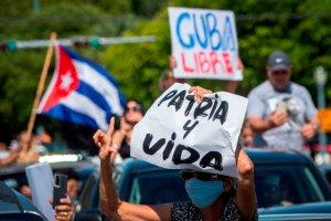 Venezolanos apoyan las protestas contra el régimen cubano (Encuesta LaPatilla)