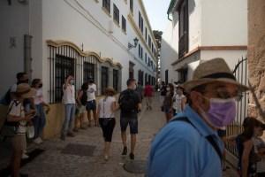 El regreso del turismo, la razón de la caída del desempleo en España