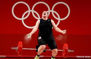 Acaba sin medalla la primera atleta transgénero de los Juegos Olímpicos en Tokio 2020