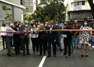 """En pleno apagón, la preocupación del chavismo era ponerle """"José Vicente Rangel"""" a una avenida"""