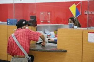 Zulianos denuncian que persisten fallas en el Banco de Venezuela y se preguntan dónde está su dinero
