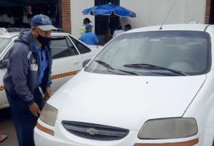 """La escasez de gasolina tiene a los taxistas tachirenses """"en jaque"""""""