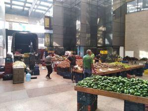 FOTOS: Instalaron pleno mercado solidario en una sede principal de Pdvsa