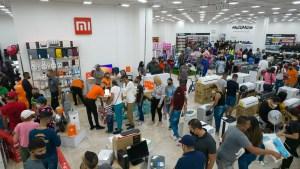 """MultiMax cerró con éxito reto de """"3 tiendas en 28 días"""""""