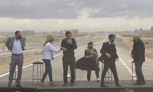 Candidata kirchnerista fue cubierta por una tormenta de arena en pleno mitin (Video)